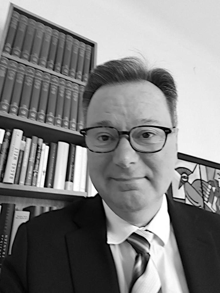Portaitfoto Dr. Nikolaus Andre