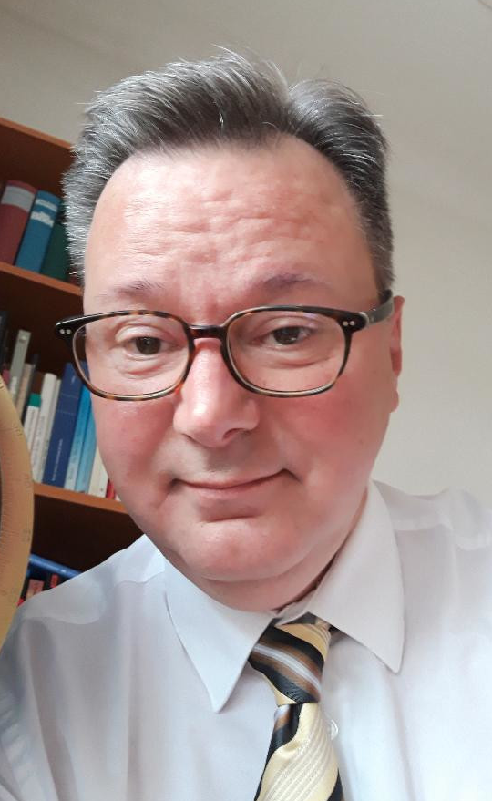 Dr. Nikolaus Andre